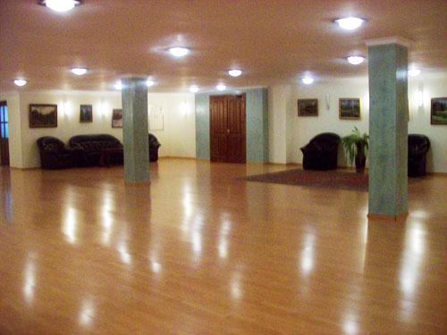 Зал фойе второго этажа